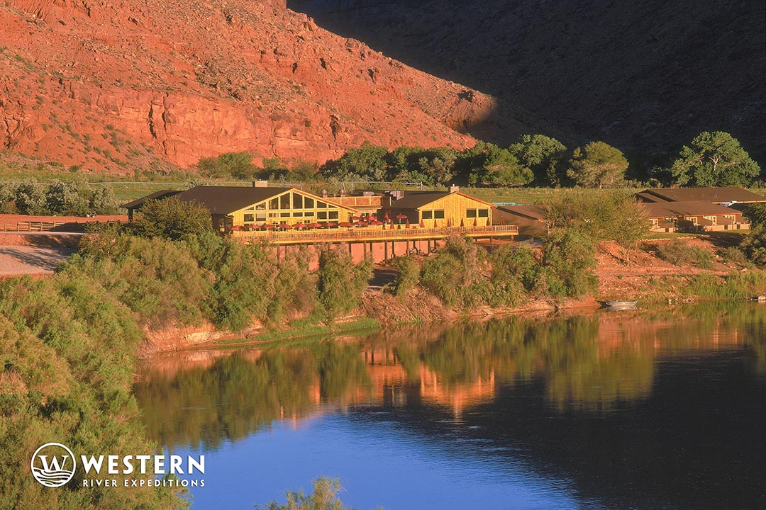 Red Cliffs Lodge on Colorado River