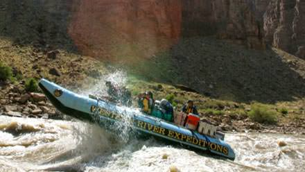Huge whitewater in Cataract Canyon