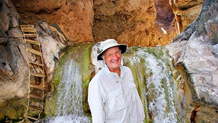Waterfall tour at Travertine Falls