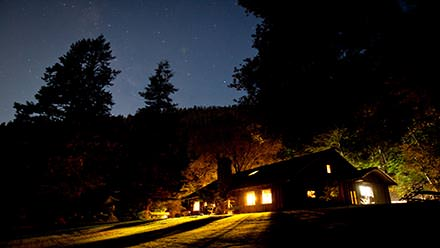 Rogue River Rafting Black Bar Lodge Night